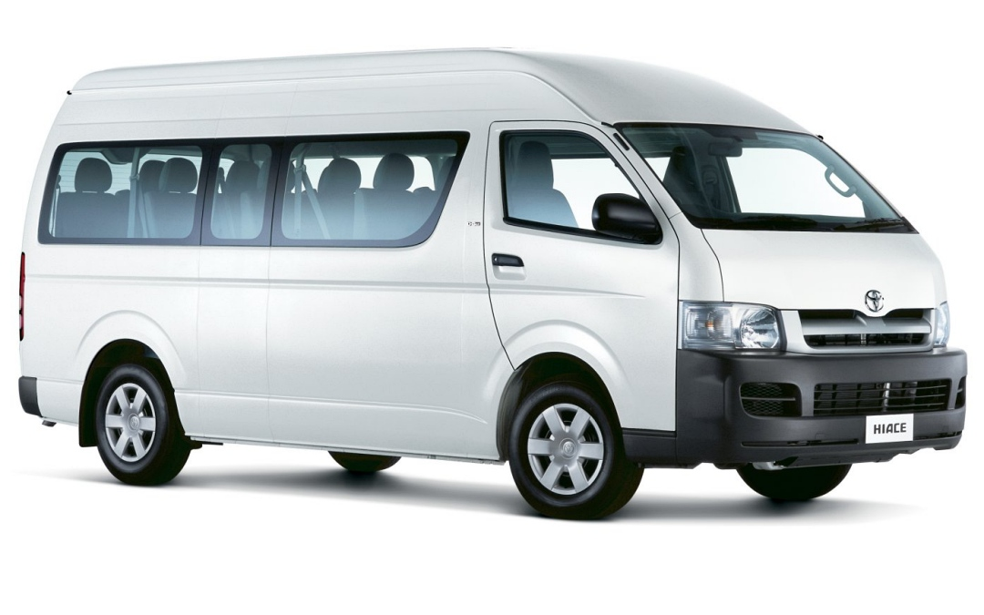 Coast to Hinterland Charters Minibus Charter Sunshine Coast